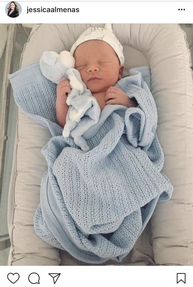 Jessica Almenäs nyfödde son