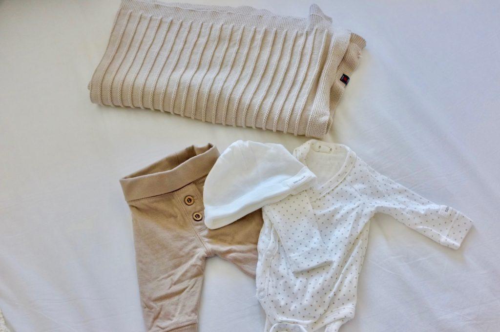 BB-väskan bebiskläder